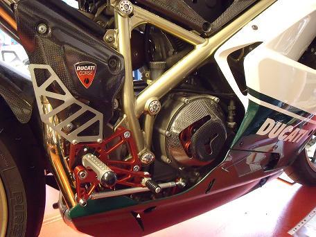 Pedane arretrate Ducati