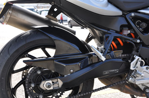 BMW F800R con kit Skidmarx
