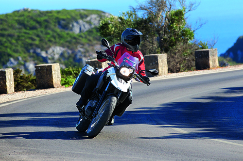 BMW G650GS action