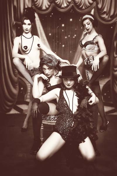 Artisia Starlight: la burlesque italiana