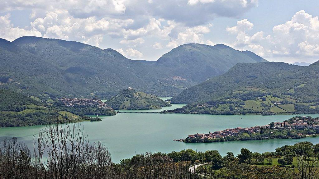 Lago del Turano Rieti Colle di Tora Castel di Tora